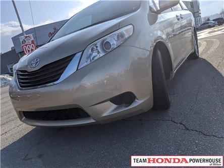 2011 Toyota Sienna  (Stk: 19832A) in Milton - Image 1 of 13