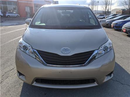 2011 Toyota Sienna  (Stk: 19832A) in Milton - Image 2 of 13