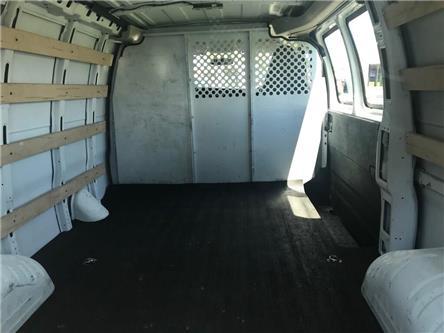 2017 GMC Savana 2500 Work Van (Stk: SFC2731) in Sarnia - Image 2 of 3