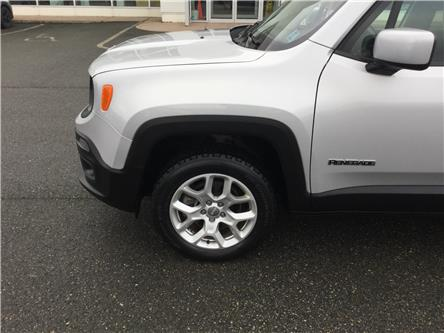 2017 Jeep Renegade North (Stk: U82-19A) in Stellarton - Image 2 of 15