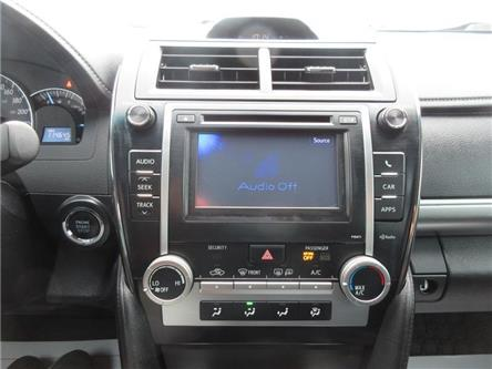 2013 Toyota Camry SE (Stk: K15298A) in Ottawa - Image 2 of 20