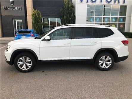 2019 Volkswagen Atlas 3.6 FSI Highline (Stk: V6539R) in Chatham - Image 2 of 24