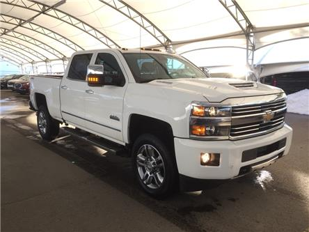2017 Chevrolet Silverado 2500HD High Country (Stk: 156022) in AIRDRIE - Image 1 of 42