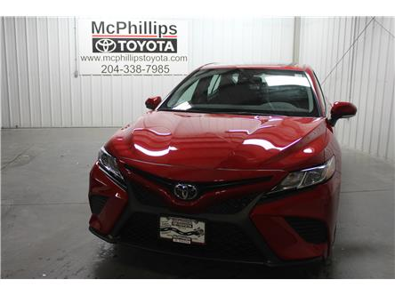 2020 Toyota Camry SE (Stk: U314202) in Winnipeg - Image 2 of 23