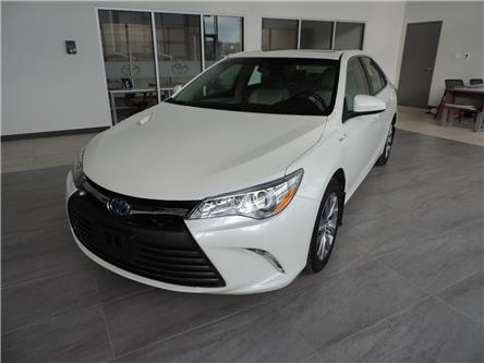 2017 Toyota Camry Hybrid XLE (Stk: 200961) in Brandon - Image 2 of 22