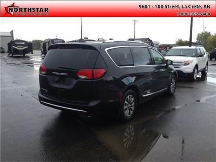 2020 Chrysler Pacifica Touring-L Plus (Stk: TT009) in  - Image 2 of 9