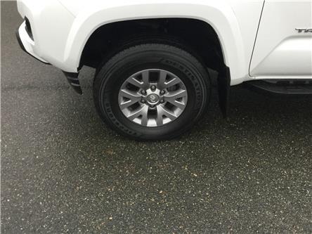 2017 Toyota Tacoma SR5 (Stk: 476-20A) in Stellarton - Image 2 of 14