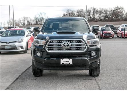 2017 Toyota Tacoma 4x4 Double Cab V6 SR5 6A (Stk: H20190A) in Orangeville - Image 2 of 16