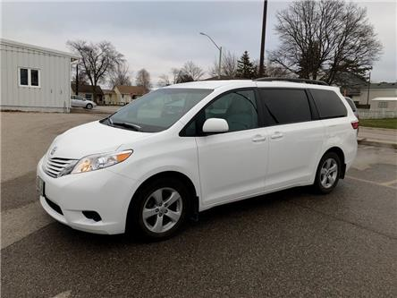 2017 Toyota Sienna LE 8 Passenger (Stk: R20317) in Goderich - Image 1 of 18