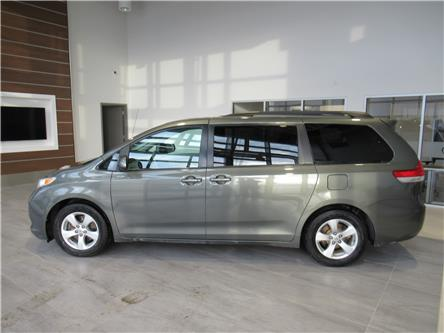 2012 Toyota Sienna LE 7 Passenger (Stk: 174631) in Brandon - Image 1 of 22