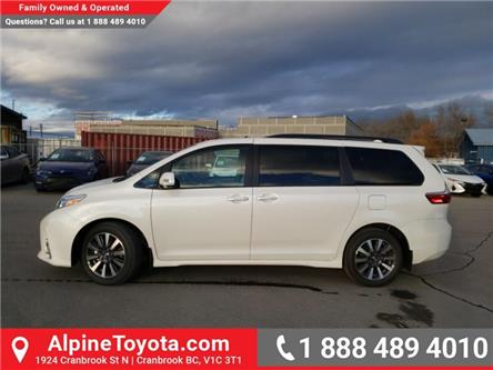 2020 Toyota Sienna XLE 7-Passenger (Stk: S241651) in Cranbrook - Image 2 of 26