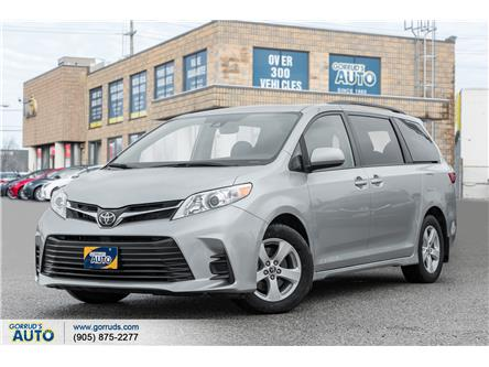 2019 Toyota Sienna LE 8-Passenger (Stk: 984840) in Milton - Image 1 of 18