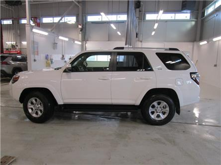 2020 Toyota 4Runner Base (Stk: 209043) in Moose Jaw - Image 2 of 34