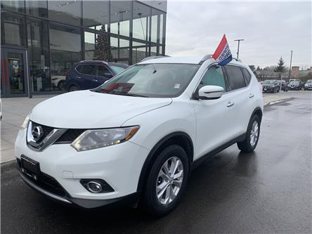 2016 Nissan Rogue SV (Stk: UT1362) in Kamloops - Image 1 of 27