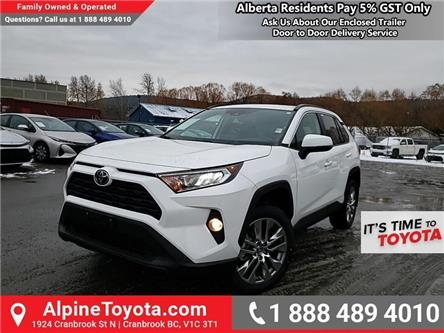 2020 Toyota RAV4 XLE (Stk: W085008) in Cranbrook - Image 1 of 25