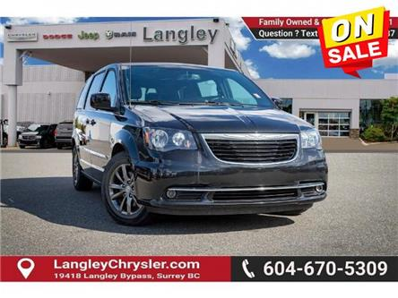 2015 Chrysler Town & Country S (Stk: J278944B) in Surrey - Image 1 of 22