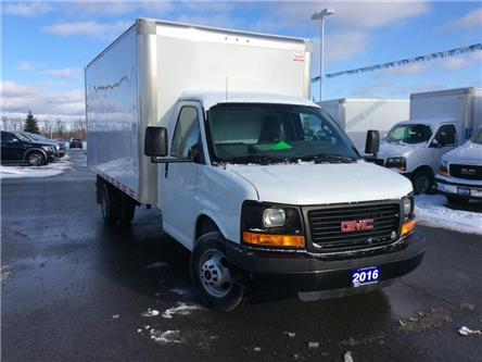 2016 GMC Savana Cutaway 3500 1WT (Stk: 281924) in Carleton Place - Image 1 of 9