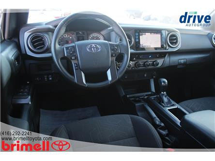 2017 Toyota Tacoma SR5 (Stk: 10067TB) in Scarborough - Image 2 of 25