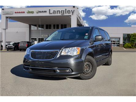 2011 Chrysler Town & Country Touring (Stk: LC0043A) in Surrey - Image 1 of 17