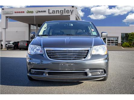 2011 Chrysler Town & Country Touring (Stk: LC0043A) in Surrey - Image 2 of 17