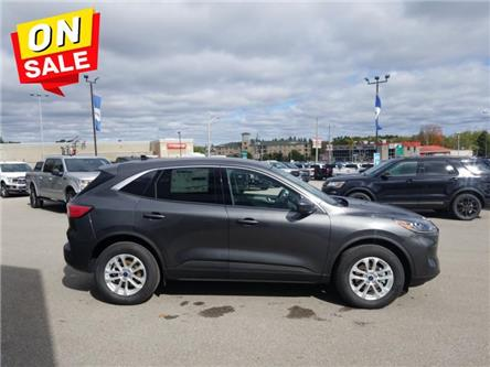 2020 Ford Escape SE 4WD (Stk: IES9153) in Uxbridge - Image 1 of 14