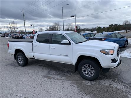 2017 Toyota Tacoma SR5 (Stk: P2027) in Whitchurch-Stouffville - Image 2 of 9