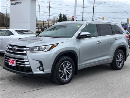 2017 Toyota Highlander XLE (Stk: W4929) in Cobourg - Image 1 of 24