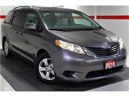 2016 Toyota Sienna LE 8 Passenger (Stk: 299720S) in Markham - Image 1 of 23