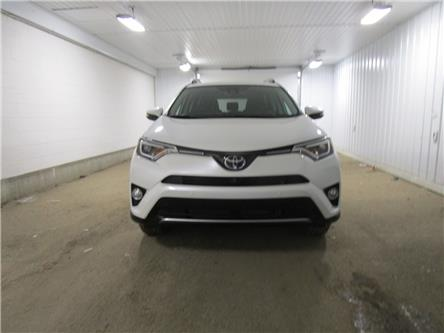 2018 Toyota RAV4 Limited (Stk: 2010261) in Regina - Image 2 of 34