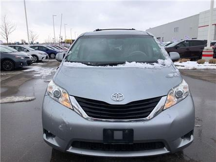 2011 Toyota Sienna  (Stk: D200416A) in Mississauga - Image 2 of 19