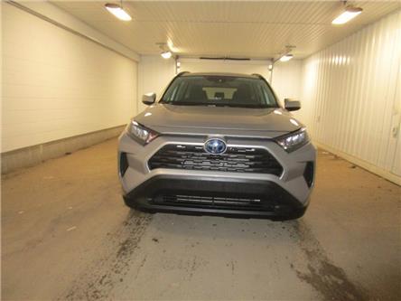 2019 Toyota RAV4 Hybrid LE (Stk: F171138) in Regina - Image 2 of 33