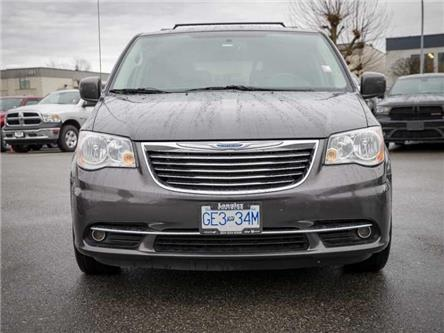 2016 Chrysler Town & Country Premium (Stk: K758464A) in Surrey - Image 2 of 22