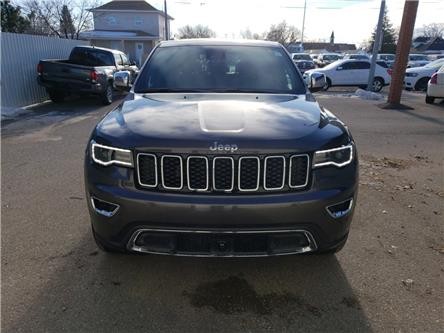 2020 Jeep Grand Cherokee Limited (Stk: 16419) in Fort Macleod - Image 2 of 24