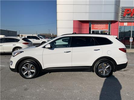 2016 Hyundai Santa Fe XL Base (Stk: GU157138) in Sarnia - Image 2 of 14