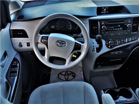 2014 Toyota Sienna LE 8 Passenger (Stk: N2042A) in Timmins - Image 2 of 15