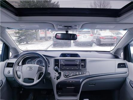 2013 Toyota Sienna SE 8 Passenger (Stk: ) in Concord - Image 2 of 20