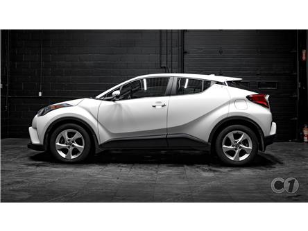 2018 Toyota C-HR XLE (Stk: CT19-521) in Kingston - Image 1 of 34