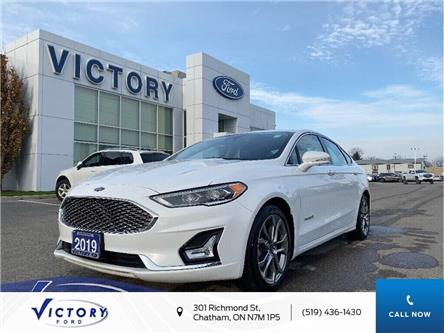 2019 Ford Fusion Hybrid Titanium (Stk: V6410R) in Chatham - Image 1 of 23