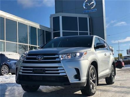 2019 Toyota Highlander LE (Stk: M2733) in Gloucester - Image 1 of 17