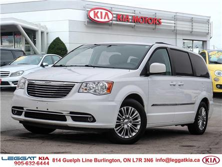 2016 Chrysler Town & Country Touring-L (Stk: W0228) in Burlington - Image 1 of 27