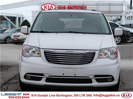 2016 Chrysler Town & Country Touring-L (Stk: W0228) in Burlington - Image 2 of 27