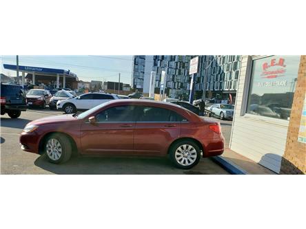 2013 Chrysler 200 LX (Stk: ) in Oshawa - Image 2 of 17