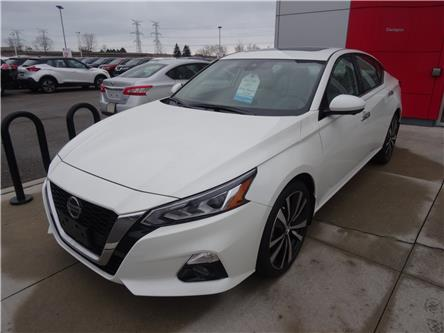 2019 Nissan Altima 2.5 Platinum (Stk: KN323411) in Bowmanville - Image 2 of 34