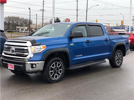 2017 Toyota Tundra SR5 Plus 5.7L V8 (Stk: W4902) in Cobourg - Image 1 of 24