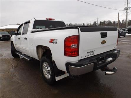 2010 Chevrolet Silverado 2500HD LT (Stk: 19145A) in Pembroke - Image 2 of 23