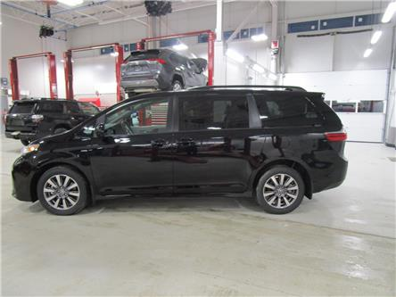 2020 Toyota Sienna LE 7-Passenger (Stk: 209072) in Moose Jaw - Image 2 of 46