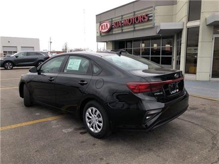 2020 Kia Forte LX (Stk: KFO2016) in Chatham - Image 2 of 15