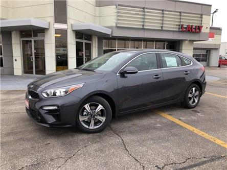 2020 Kia Forte5 EX (Stk: KFO2012) in Chatham - Image 1 of 15
