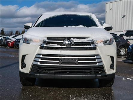 2017 Toyota Highlander LE (Stk: D192334A) in Mississauga - Image 2 of 26