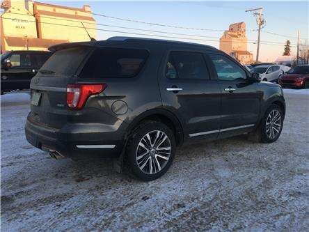 2018 Ford Explorer Platinum (Stk: 20U100) in Wilkie - Image 2 of 22